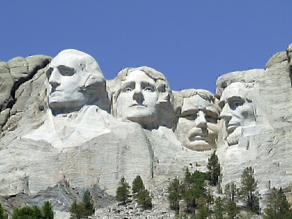 a picture of mount rushmore