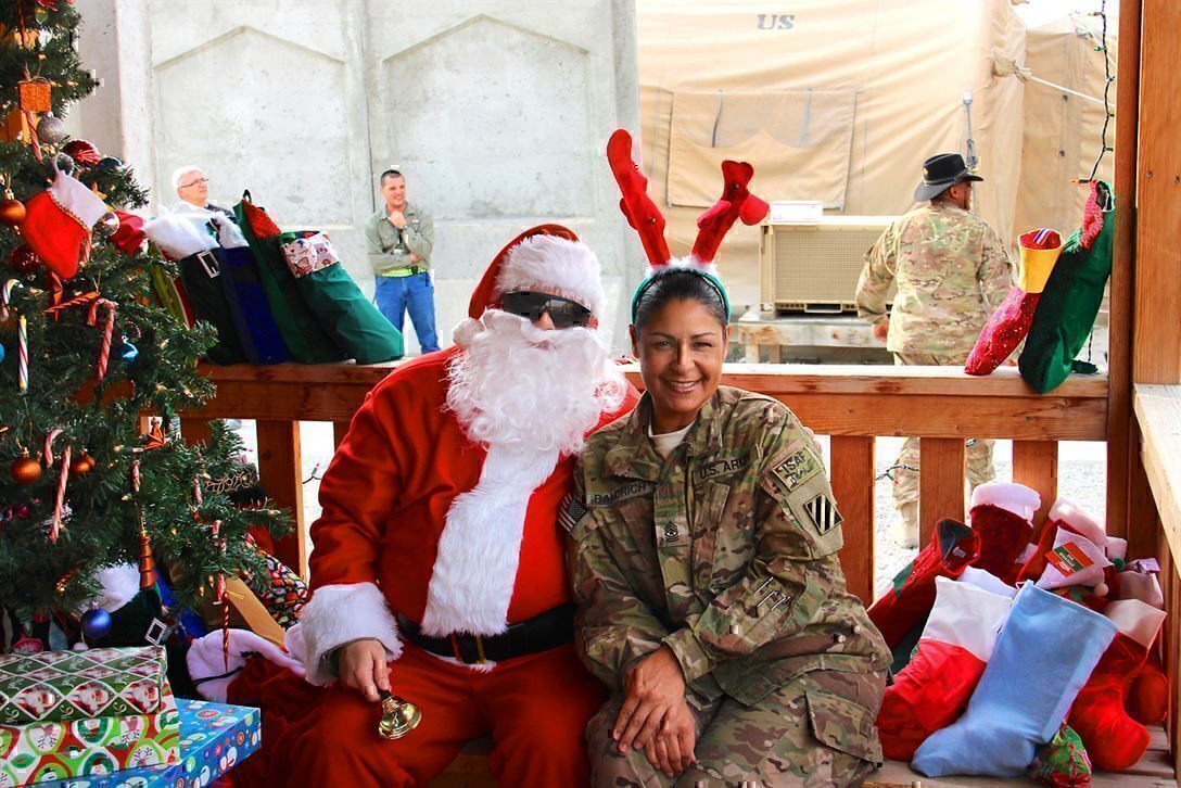 Holiday bonuses in civilian companies what to expect gi jobs holiday bonuses in civilian companies what to expect 1betcityfo Images