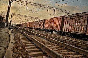 train-1377987_640
