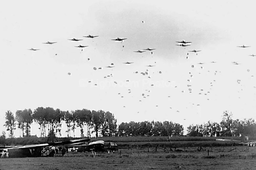 us-army-paratroopers-dropped-near-grave-Netherlands