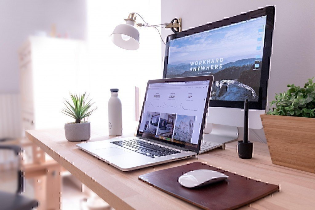 a picture of a laptop and a monitor