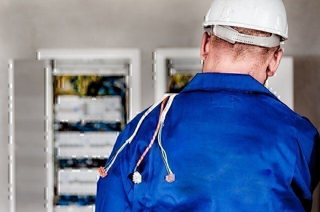 electrician jobs