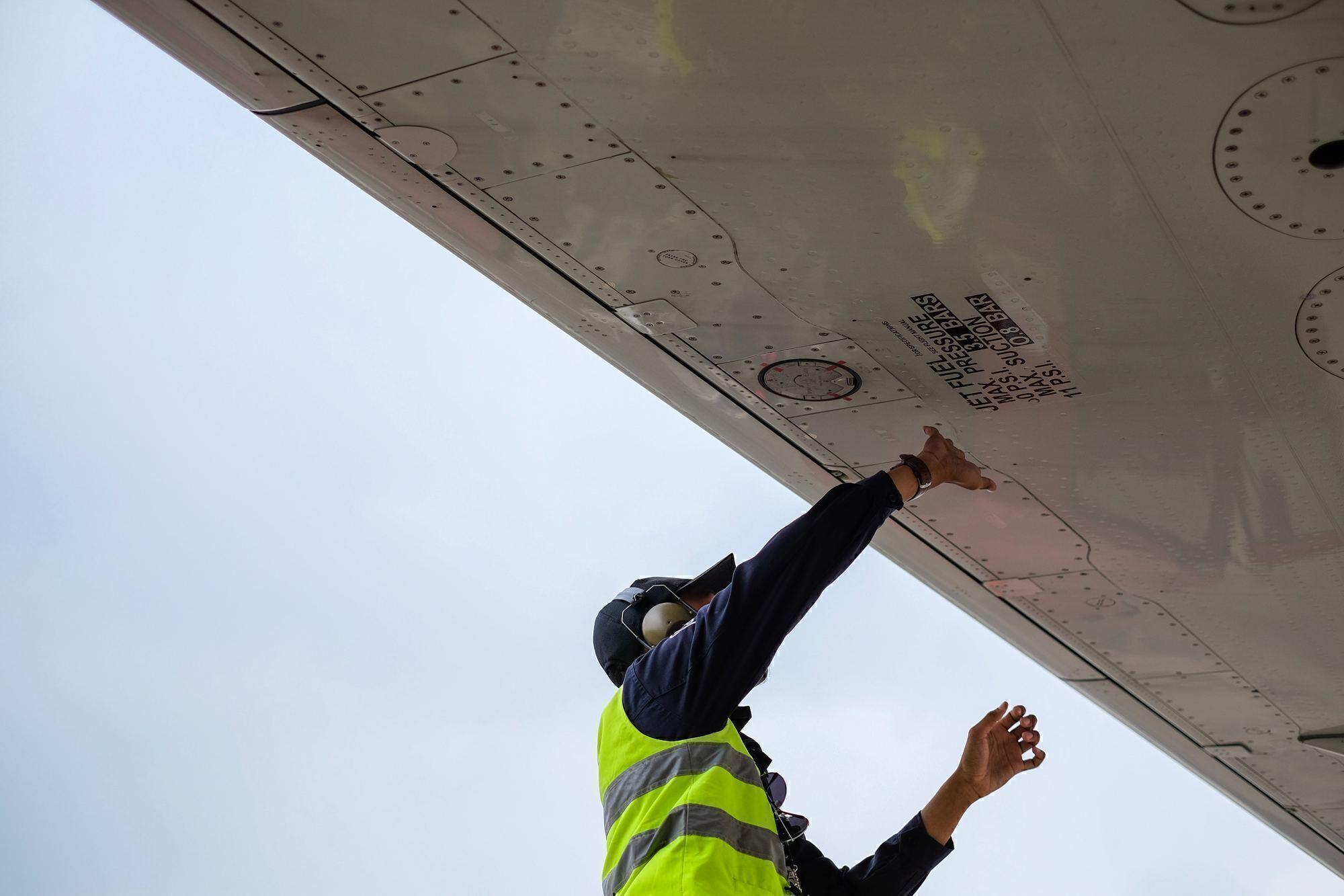 aircraft mechanic jobs