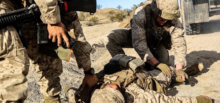 soldier practicing emt