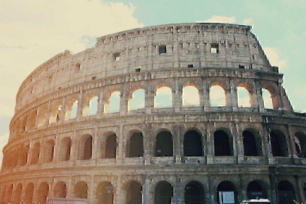 a picture of the roman architecture