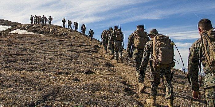marines-ruck-military-training