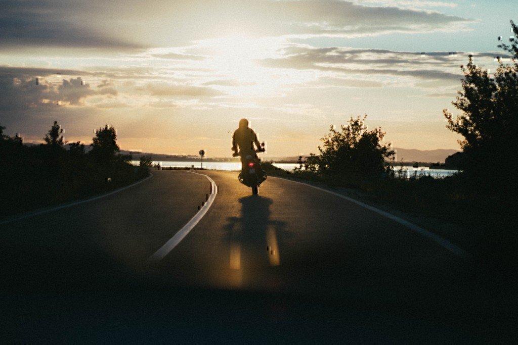 motorcycle-riding-sunset-veteran