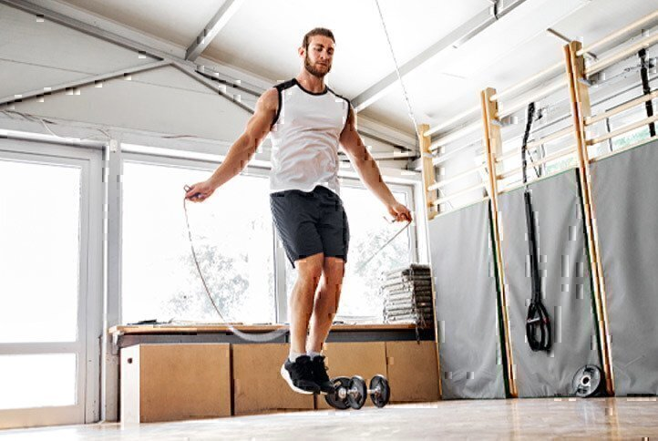 man-jump-rope