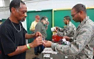 air-force-volunteers-helping-veterans