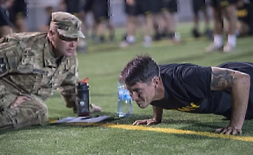 soldier-doing-push-up