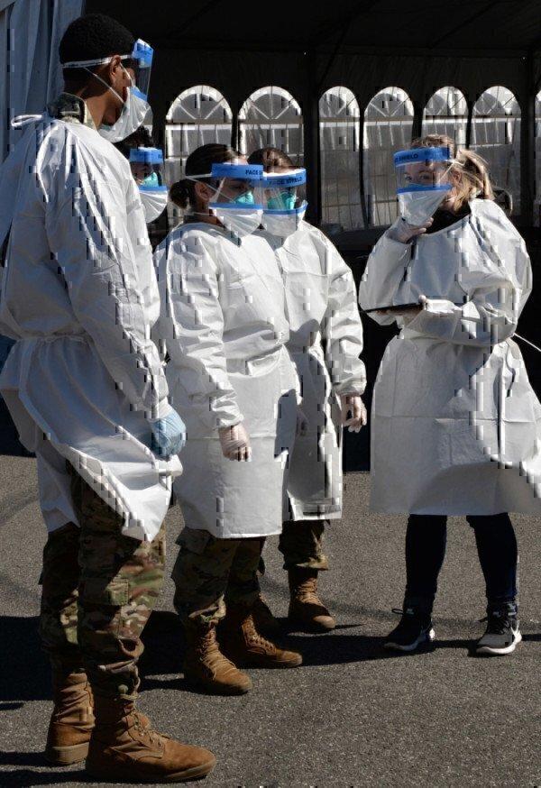 national-guardsmen-in-flu-masks