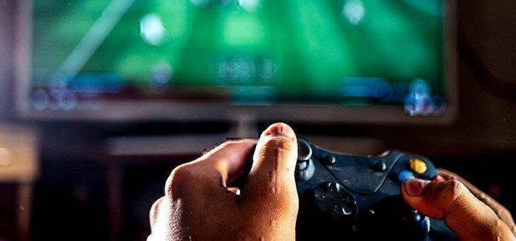 man-playing-video-games