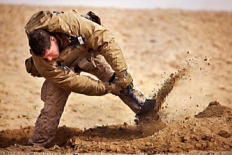 marine-digging